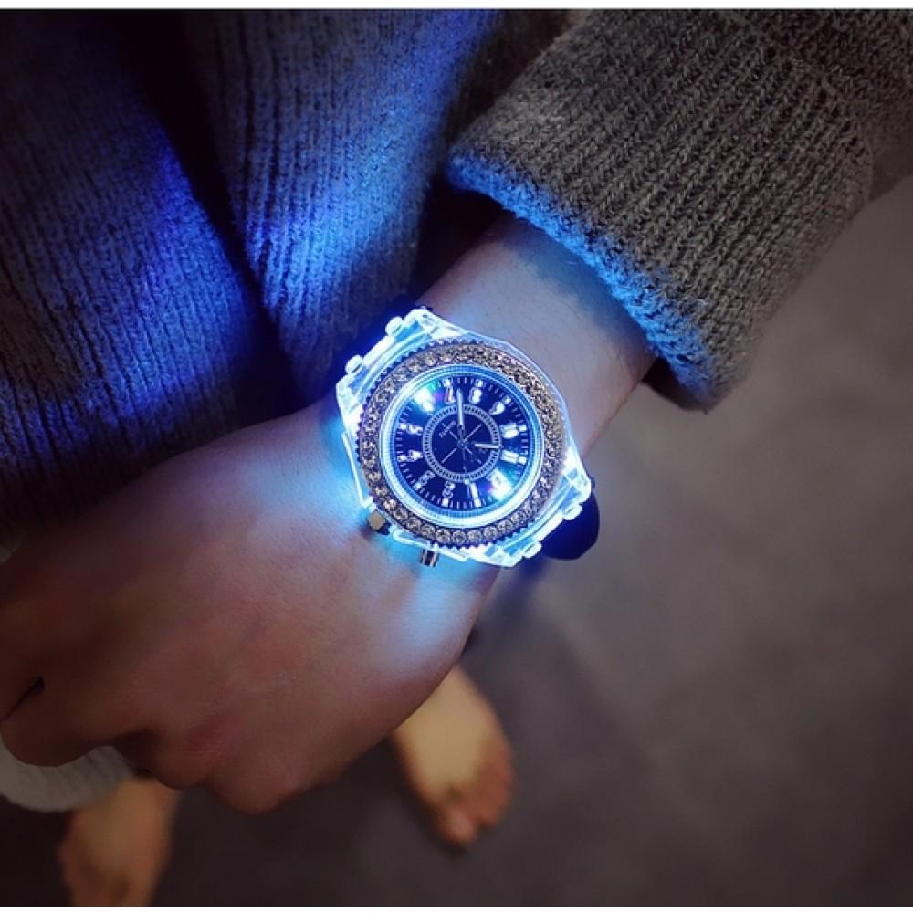 Женские часы Geneva Lighter