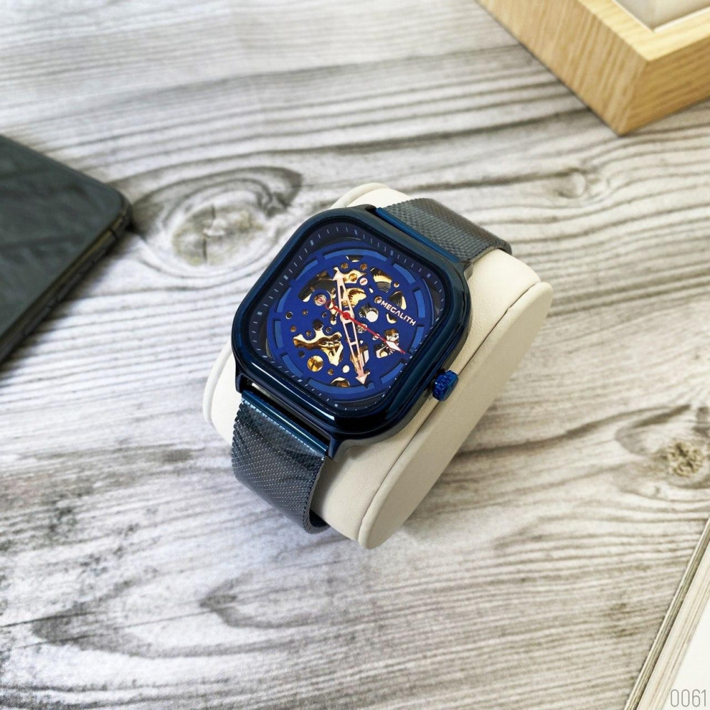 Megalith 8202M All Blue